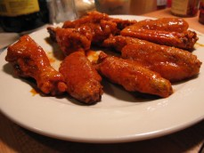 hot-wings-louisiana-gold-sauce