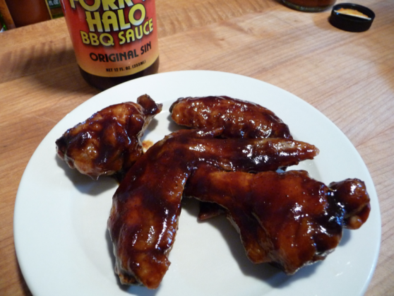 Review of Fork N Halo BBQ Sauce Original Sin on Wings