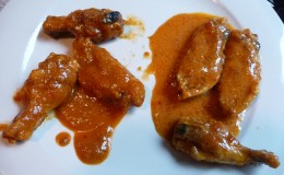 SAAS Hot Wings with Onion & Garlic sauce