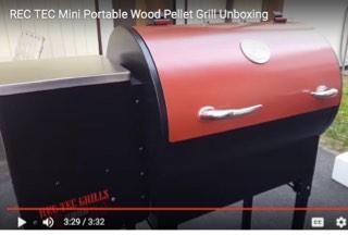 REC TEC Mini Wood Pellet Grill Unboxing