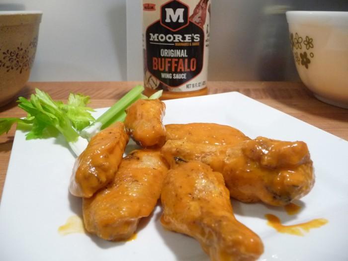 moores-buffalo-wing-sauce